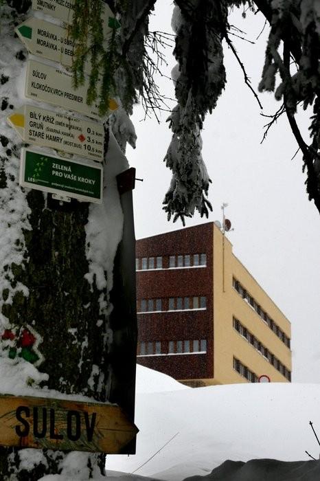https://www.ubytovani-beskydy-bily-kriz.cz/media/fotogalerie/Rozcestnik.jpg