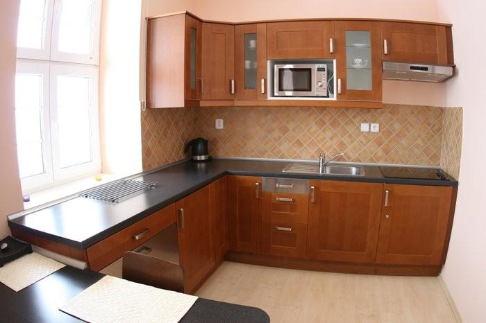 http://www.ubytovani-beskydy-bily-kriz.cz/media/fotogalerie/kuchyn...jpg